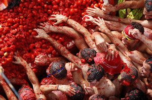 august-festivals-la-tomatina